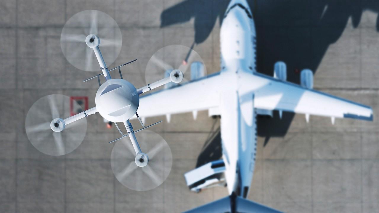 德国空中交通管制员报告德国机场发生 158 起因无人机导致的航班受阻事件。