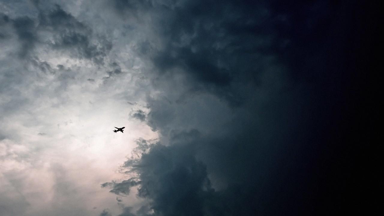 不是每朵云都能引起风暴