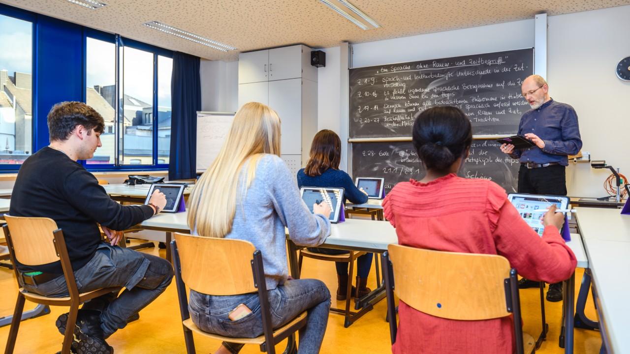 2019 年,Viktoriaschule 使用 LANCOM 提供的云托管 Wi-Fi 网络升级了网络架构。