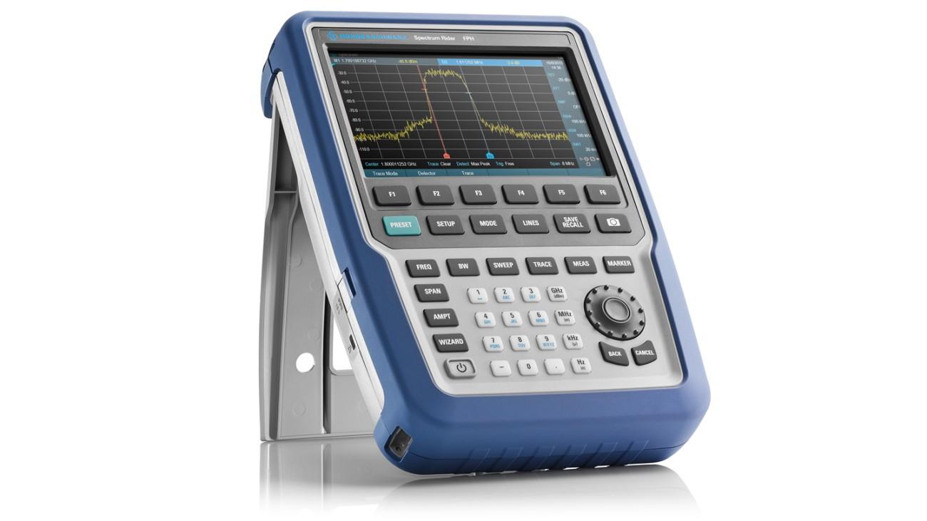 R&S®Spectrum Rider FPH handheld spectrum analzyer, front view