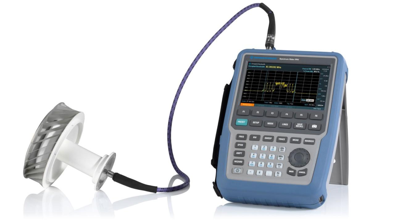 使用 R&S®Spectrum Rider FPH 手持式微波频谱分析仪进行 5G 空口测量