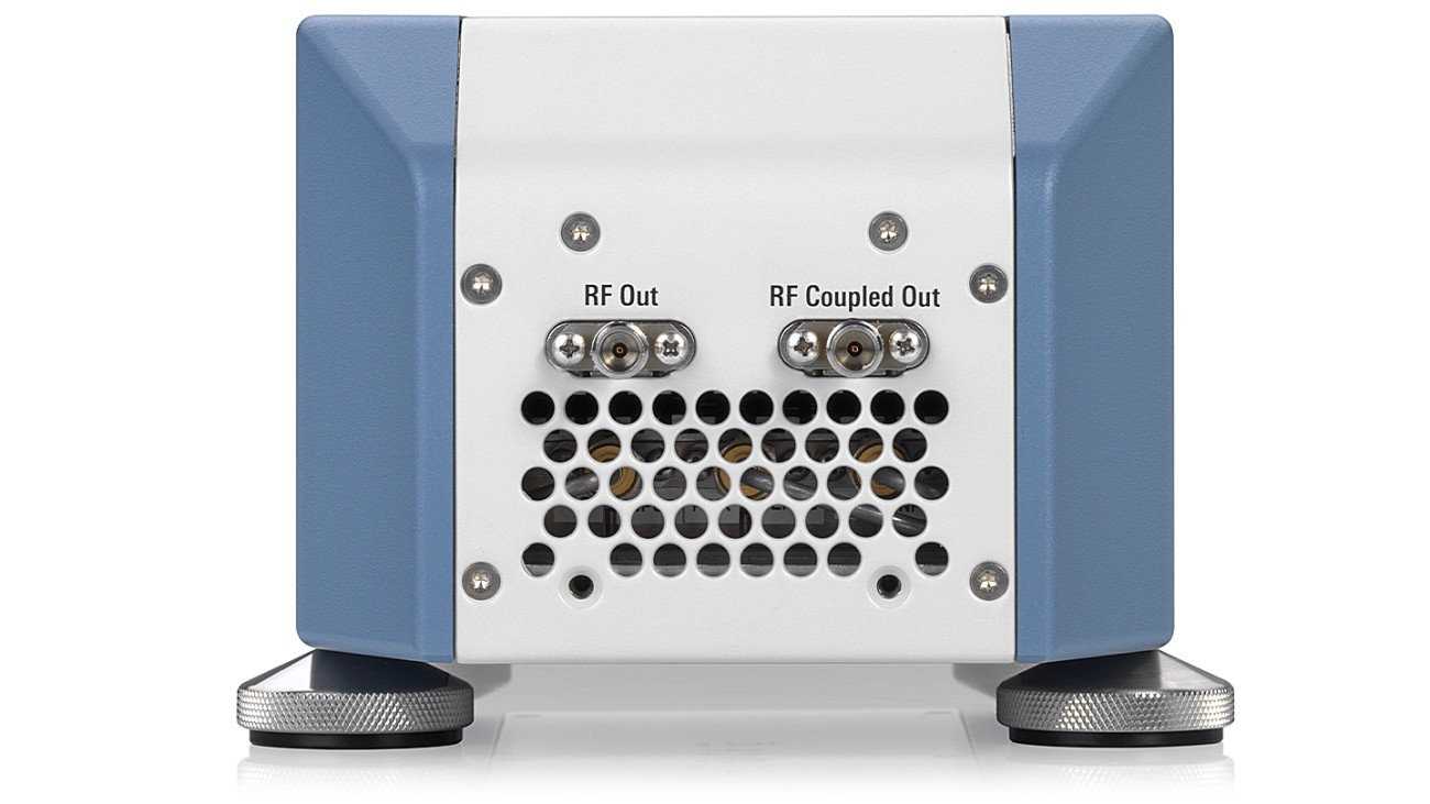 R&S®SZV100A QV band RF upconverter, other views